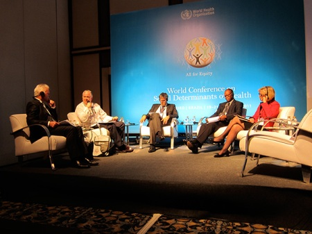 "On that same morning, I assisted to the session theme ""Making policy coherent at national level"". From left to right, Don Matherson (Massey University), Jorge Enrique Venegas (minister of Public Health of Uruguay), Dorijan Marušič (minister of Health of Slovenia), Robert Joseph Mettle-Nunoo (deputy minister of Health of Ghana) and Anne-Grete Strøm-Erichsen (minister of Health and Care Services of Norway). In this session, I had addressed an intervention on behalf of FDI regarding the necessity on all health policies to strengthen the social capital of communities."