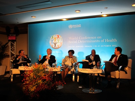 "On the afternoon, I assisted to the session ""Changing the role of public health"". From left to right, Cesar Victoria (president of the International Epidemiological Association), James Chauvin (president-elect of the World Federation of Public Health Associations), Beth Mugo (minister of Public Health and Sanitation of Kenya), Aaron Motsoaledi (minister of Health of South Africa). Followed by discussion by José Gomes do Amaral (president-elect of the World Medical Association). Here, I also done an intervention introducing the World Health Professionals Alliance Noncommunicable Diseases toolkit."