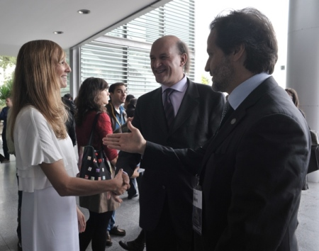 Me and the president of the Organizing Committee of the Congress welcoming the secretary of State Assistant to the Minister for Health, Fernando Leal da Costa