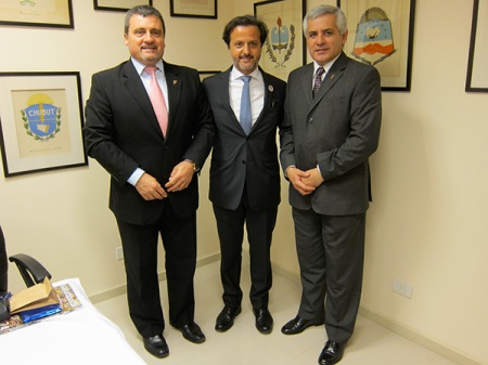 With Ninel Braun (left) and Roque Avellaneda (right), president and past president of CORA