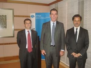 From left, Eduardo Pisani, IFPMA director general, and David Brennan, IFPMA president and CEO of AstraZeneca.