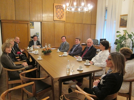 Meeting with the dean of the University of Zagreb School of Dental Medicine and with head of the departments