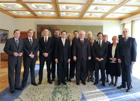 The Croatian President, Ivo Josipović, with me and the Croatia Dental Chamber boards members.