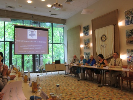 "Round table ""Baltic Oral Health Strategy 2012-2020"", with representatives of Lithuania, Estonia and Latvia."