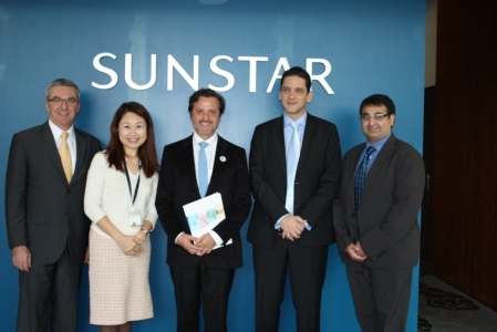 From left to right, Jean Luc Eiselé, FDI executive director, Mayumi Kaneda, diretor of Sunstar Foundation and Global Public Relations, me, Emmanuel Chevron, Associate Director, Business Development & Corporate Relations of the FDI, and Mayur V. Dixit, Global Professional Relations and Scientific Affairs.From left to right, Jean Luc Eiselé, FDI executive director, Mayumi Kaneda, diretor of Sunstar Foundation and Global Public Relations, me, Emmanuel Chevron, Associate Director, Business Development & Corporate Relations of the FDI, and Mayur V. Dixit, Global Professional Relations and Scientific Affairs.