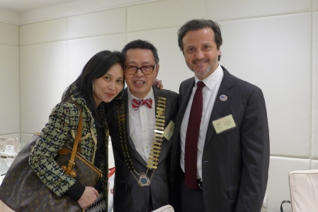 From left to right, Cristina António, from Macau Dental Association, James Chih-Chien Lee and myself.