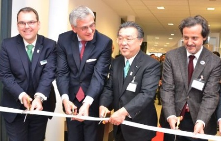 Inauguration of new GC administrative building, in Brussels/ Leuven. From left to right, Eckhard Maedel (President GC-Europe), Kris Peeters (Flemish Minister-President), Makoto Nakao (CEO GC Corporation) and myself.