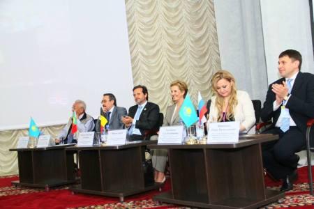 201305-kazakhstan-fdi-oms-congress-b060