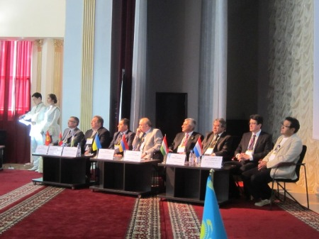 201305-kazakhstan-fdi-oms-congress-b064